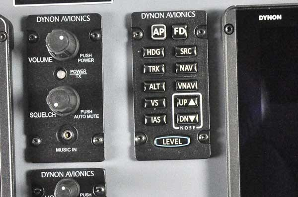 The Vashon Ranger R7 comes with ergonomic knobs and buttons to offer positive, intuitive controls in all flight conditions